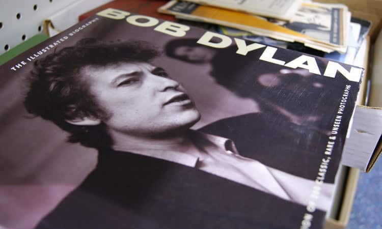 exit-76-antique-mall-bob-dylan-lp-cover