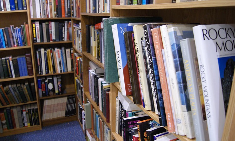 exit-76-antique-mall-books1