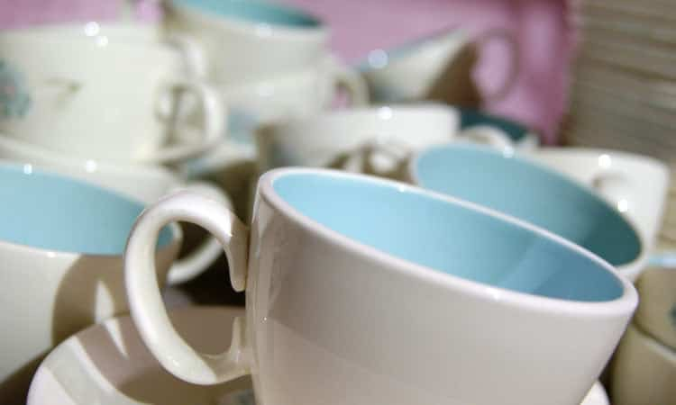 exit-76-antique-mall-cups-blue-and-white