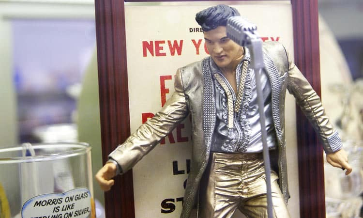 exit-76-antique-mall-elvis-figurine