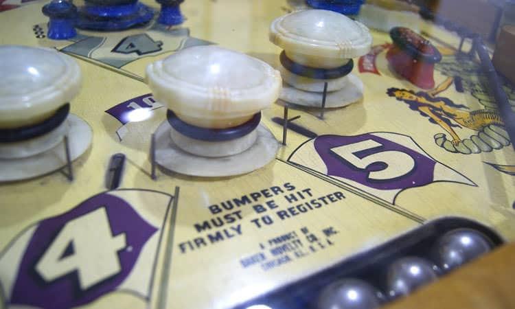 exit-76-antique-mall-pinball-machine