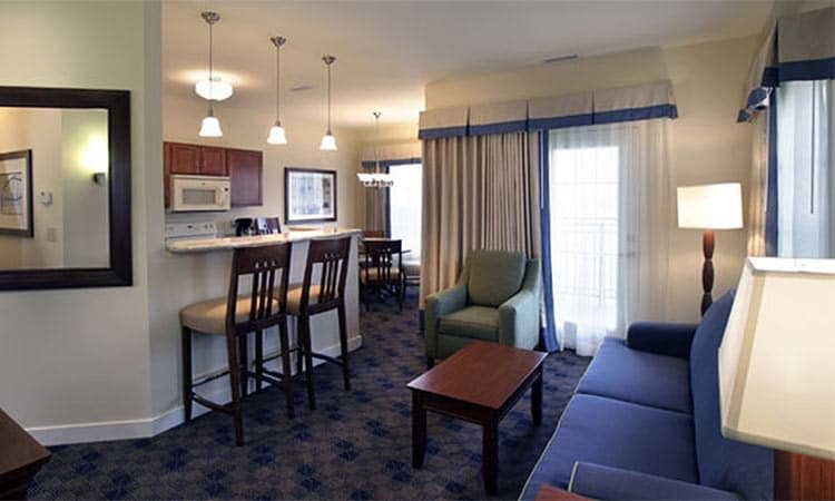 Image - Charwood Suites