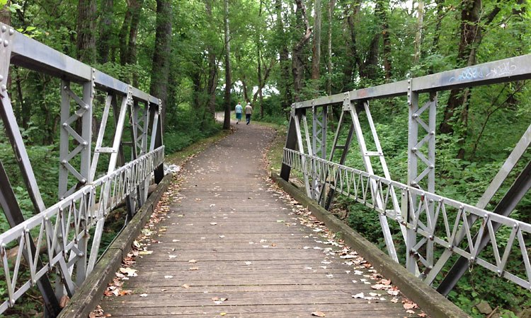 columbus-indiana-people-trails-a