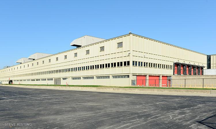 Cummins Columbus Engine Plant expansion, Harry Weese, 1960, 1965