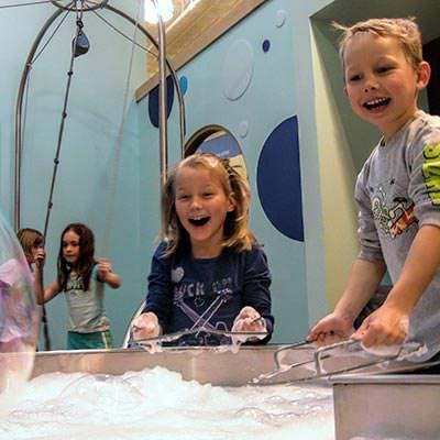 kidscommons - bubble play