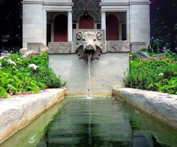 Inn at Irwin Gardens - fountain 3