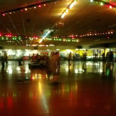 skaters at Columbus Skateland
