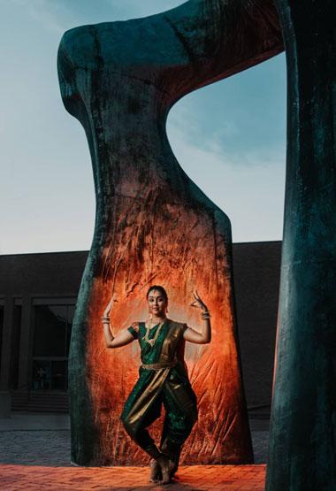 photogenic-columbus-large-arch-by-smita-mahajam